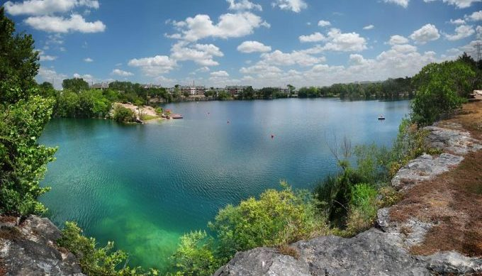 Top 10 lakes in the austin area to visit this summer for Quarry lakes fishing