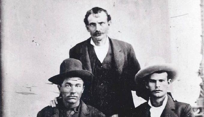 The History of the Mason County Hoodoo War