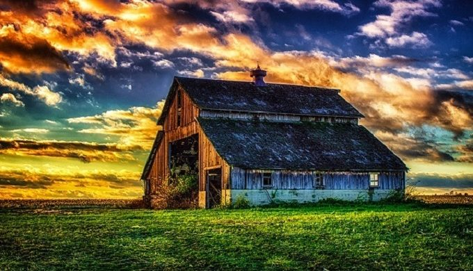 10 Beautiful Barns to Behold
