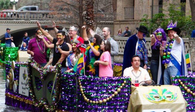 Get Ready for 'Pardi Gras,' The River Walk's Mardi Gras Celebration