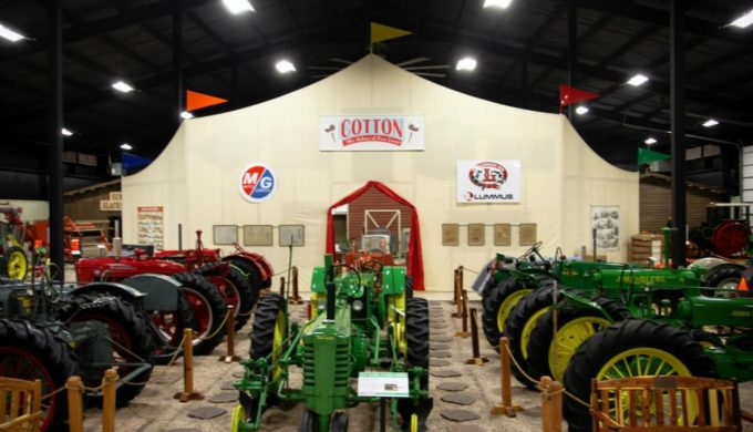 Texas Agriculture on Display in Lubbock, Telling Thrashers From Reapers And Teaching The Facts