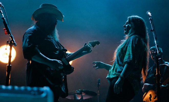 Stapleton's 'Built Here' Video a Moving Tribute to His Hometown