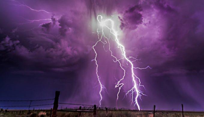 Texas Lightning Storm Photos Capture Nature S Raw Beauty And True Essence