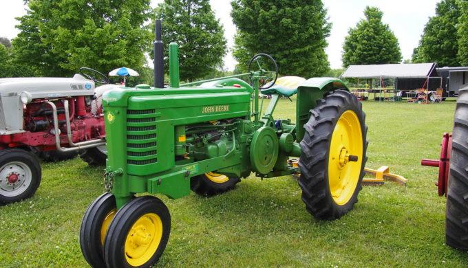 Top 3 Classic Tractors Ever to Grace Texas Farmland