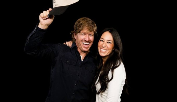 Chip Gaines Tweets 'Craziness' on Church Controversy