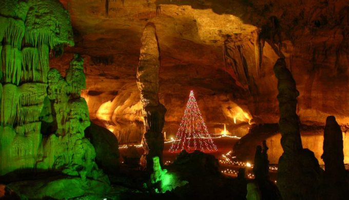 Boerne Christmas Lights in Cave Without A Name