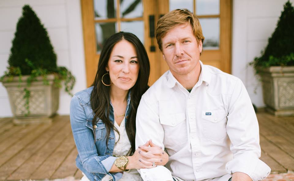 chip gaines tweets craziness on church controversy. Black Bedroom Furniture Sets. Home Design Ideas
