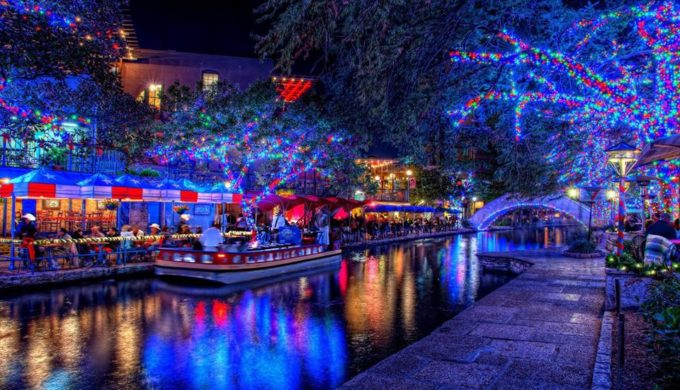 The Coolest Places in Texas to Find Christmas Lights
