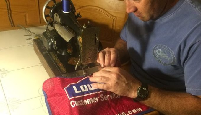 Texas Lowe's Hires Disabled Vet & His Service Dog