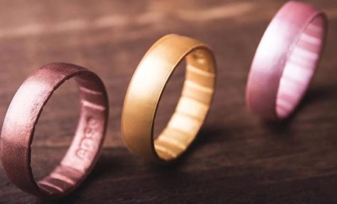 Silicone Wedding Ring.Silicone Wedding Bands Provide Alternative For Those Who Are In Love