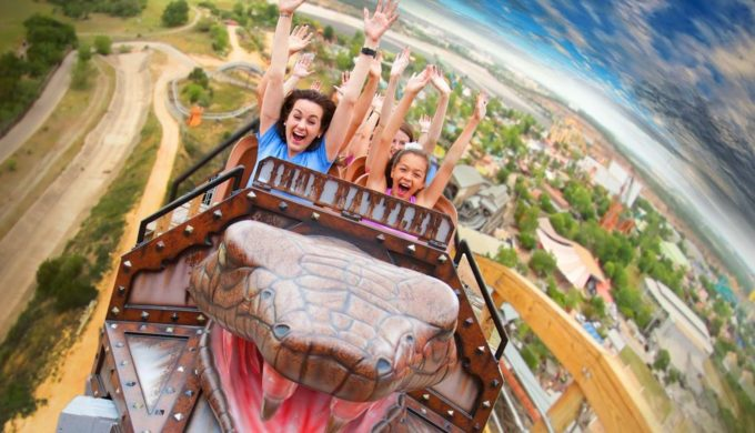 3 Texas Amusement Parks Where Fun is an Understatement