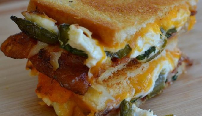 The Jalapeno Popper Grilled Cheese is the Life-Changing Sandwich You've Been Waiting For