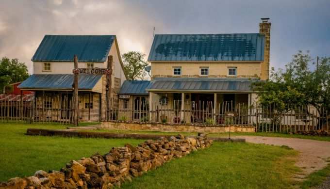 Full Moon Inn Bed and Breakfast Awarded National Recognition for Service Excellence
