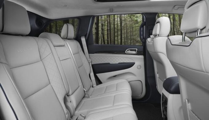Introducing a Great New 3-Row Jeep Grand Cherokee