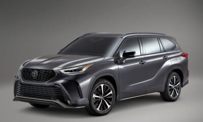 2021 Toyota Highlander Takes the High Road Through Texas