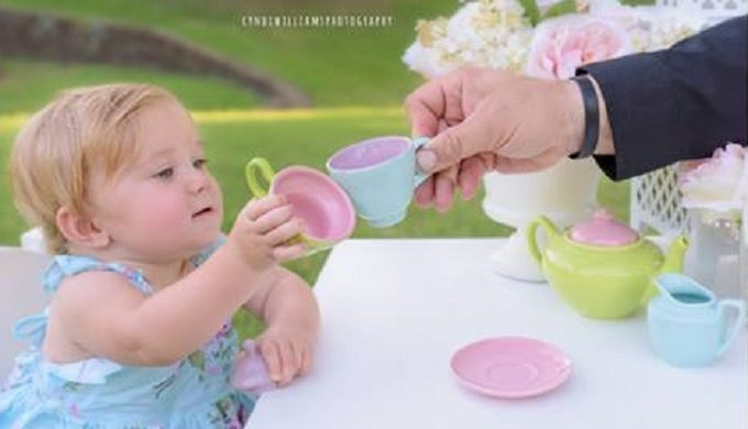 Texas Deputy Constable Attends Tiny Tea Party in Honor of Baby Girl He Helped Deliver