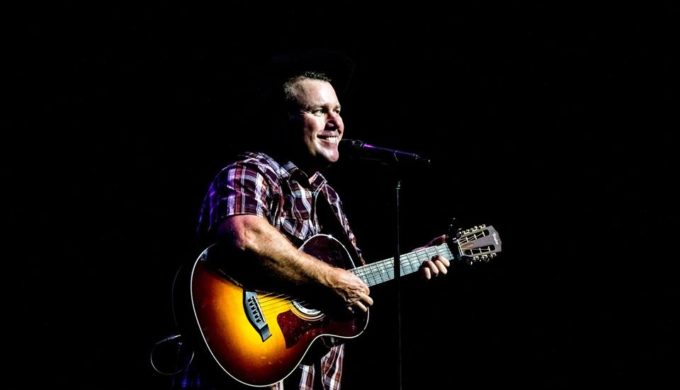 "Rodney Carrington: ""Here Comes the Truth"" Tours Texas"