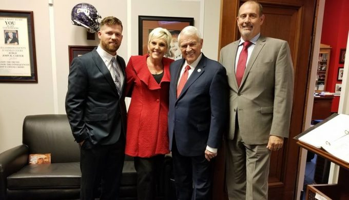 Texas Hill Country Veteran Spurs Passing of Veterans Transplant Coverage Act