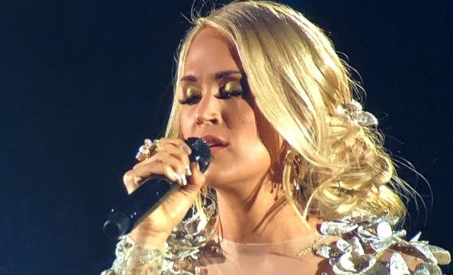 Softly and tenderly carrie underwood s tribute to vegas for Carrie underwood softly and tenderly