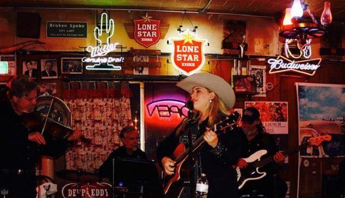 The Evolution of Honky-Tonks in Texas: 5 of the Best