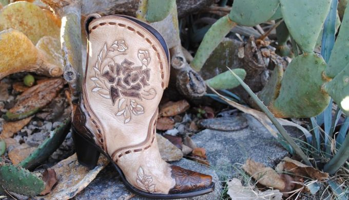Floral Cowgirl Boot Designs for Fancy Feet This Spring and Summer