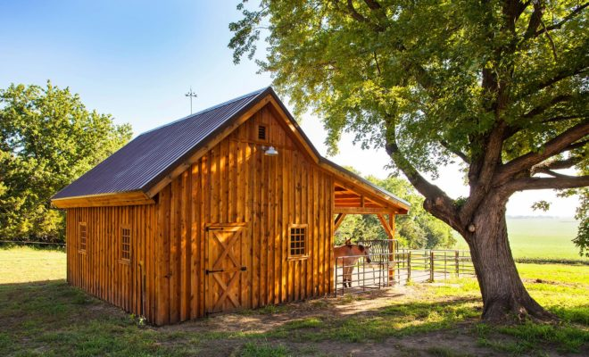 A Small Horse Barn: Keep Your Horses Without Breaking the Bank