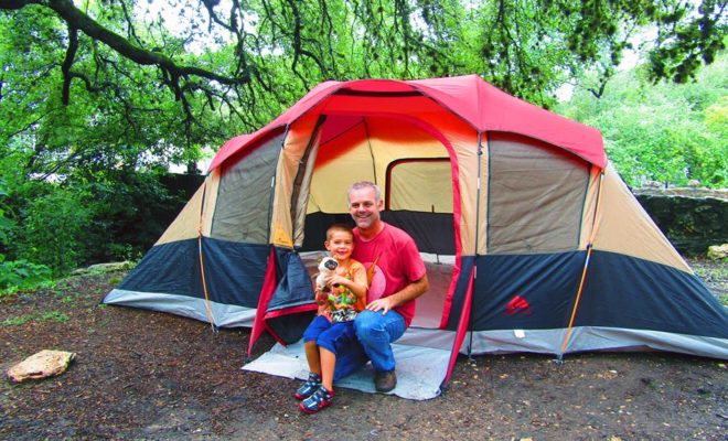 3 Camping Blogs to Follow Now for Your Memorial Day Trips in Texas