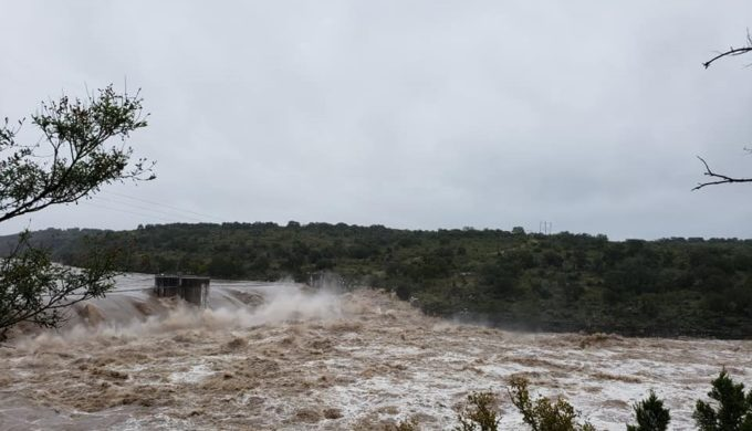 Man Goes Over Starcke Dam; Spicewood Residents Come to His Aide