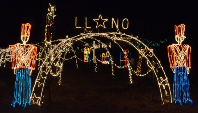 Starry Starry Nights in Llano: Real Snow & World-class Christmas Lights