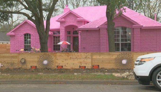 Pink Pflugerville Pad is Causing a Big Stir with the Neighbors