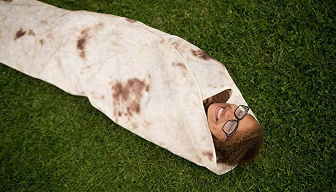"Is Amazon Selling Giant Bread-style Pillows You ""Knead"" in Your Life?"