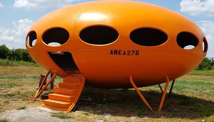 Forget Area 51 and Take a Trip to Area 276 in Texas to See the Spaceship