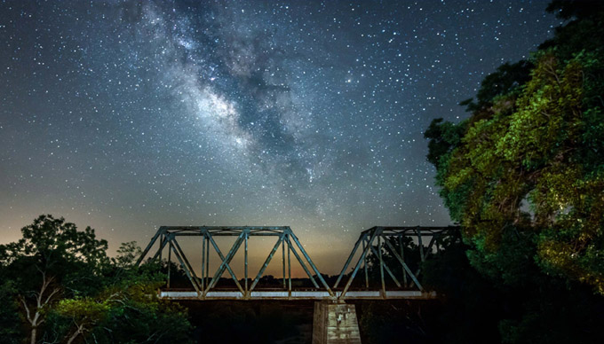 6 Great Places for Stargazing in The Hill Country