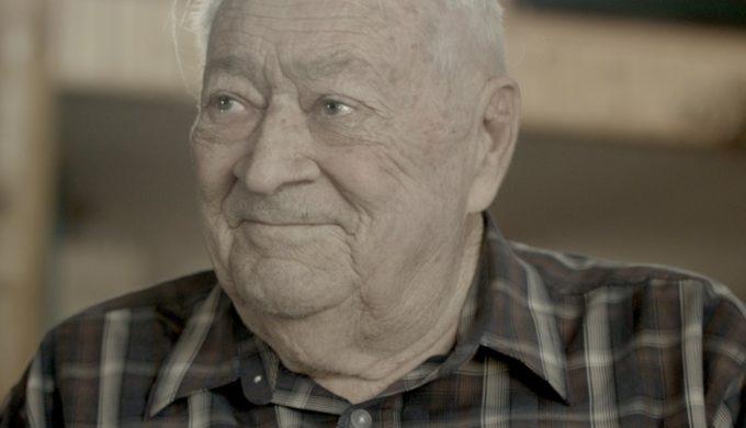 Gerald L. Holmes, 'Hank the Cowdog' Illustrator, Passes Away at Age 79