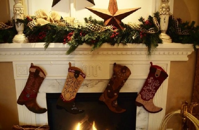 how country style decorations can help you survive christmas - Country Style Christmas Decorations