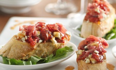 Tomato, Blue Cheese, and Prosciutto Bruschetta: Now That's a Great Mouthful