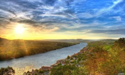 5 Perfect Reasons to Tour the Texas Hill Country this Spring