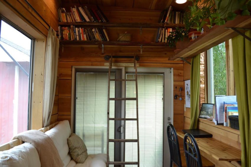This Sustainable Tiny House is Perfect for an Escape off the Grid