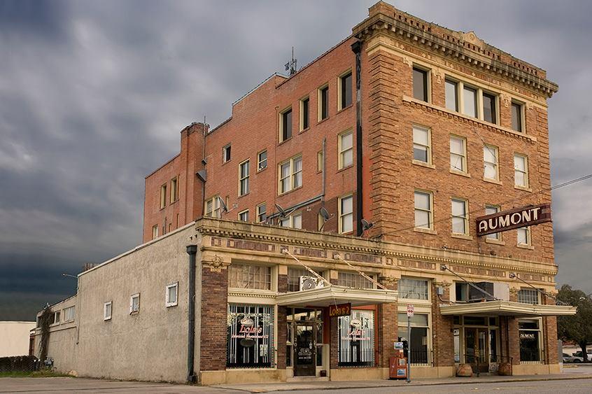Aumont Hotel