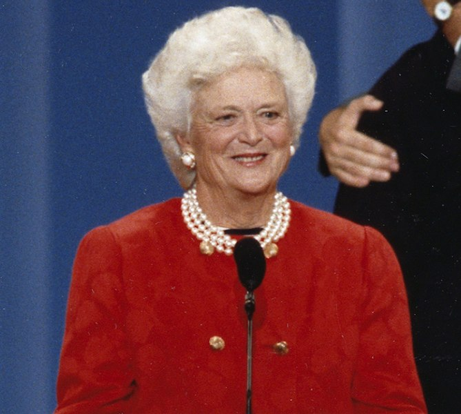Bush Family Mourns its Matriarch in Passing of Barbara ...