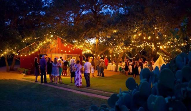 10 Beautiful Barn Wedding Venues Deep in the Heart of Texas