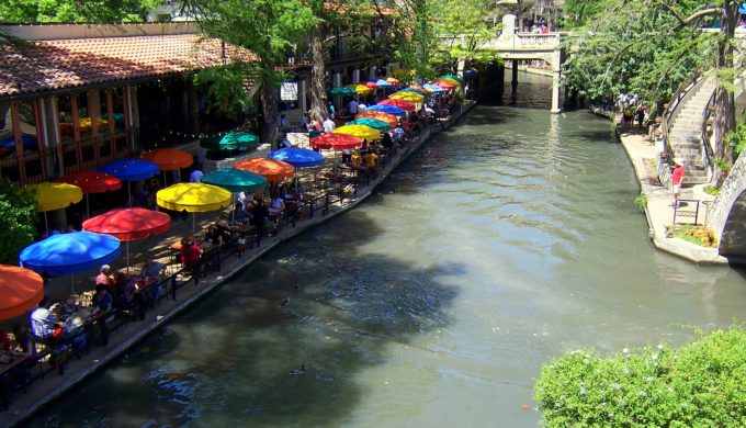 A Romantic Day Spent in Sizzling San Antonio
