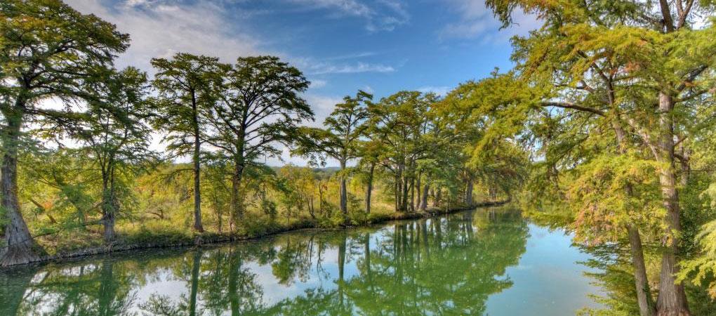 CenterPoint_Header-River