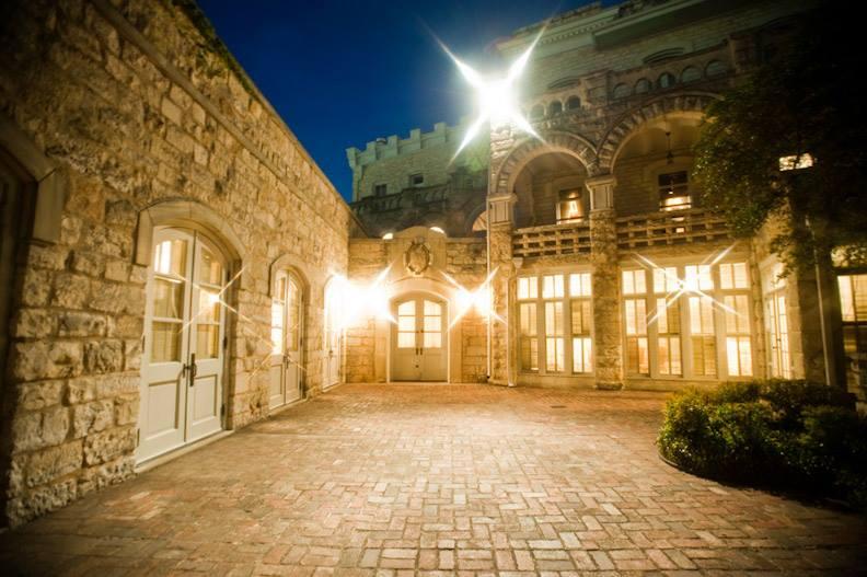 Chateau Bellevue Austin