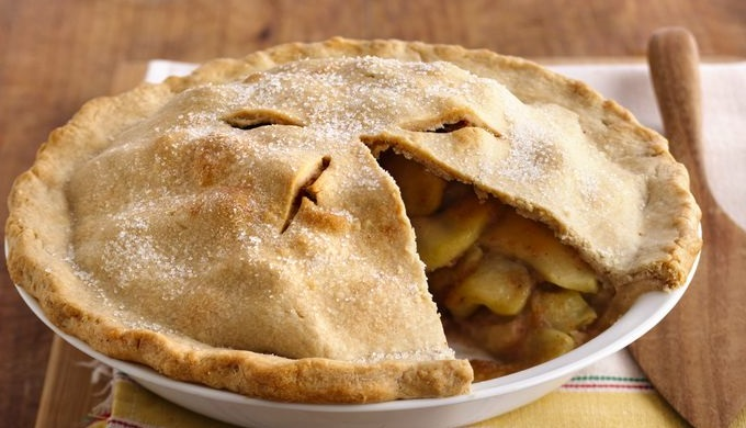 Christmas barbecue dinner apple pie