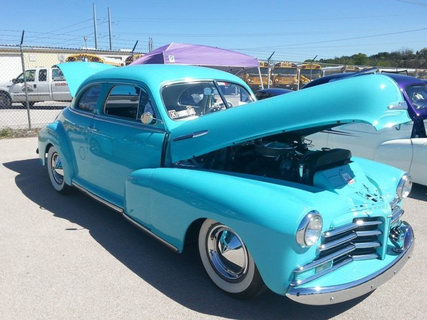 Step Back In Time At The Classics At The Classic Car Show In Lampasas - Classic show cars