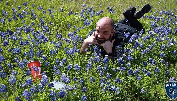 Texas Officers are Posing in Bluebonnets in Viral Challenge Online