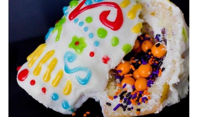 Dia de los Muertos Recipes Mini Confetti Cakes