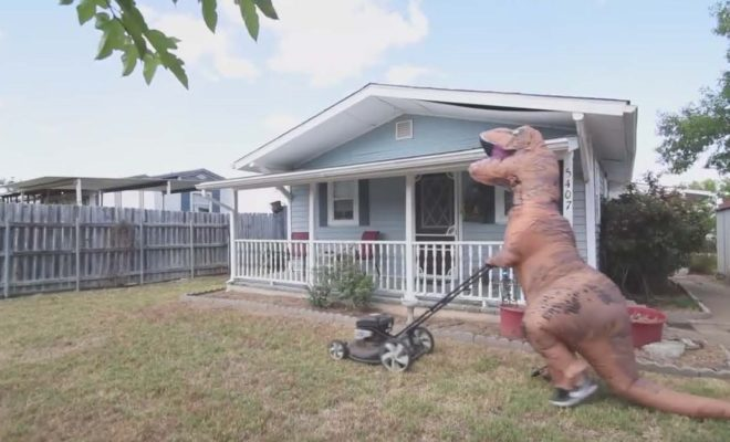 Texas House on the Market Features Bonus Amenity…It's Very Own T-Rex