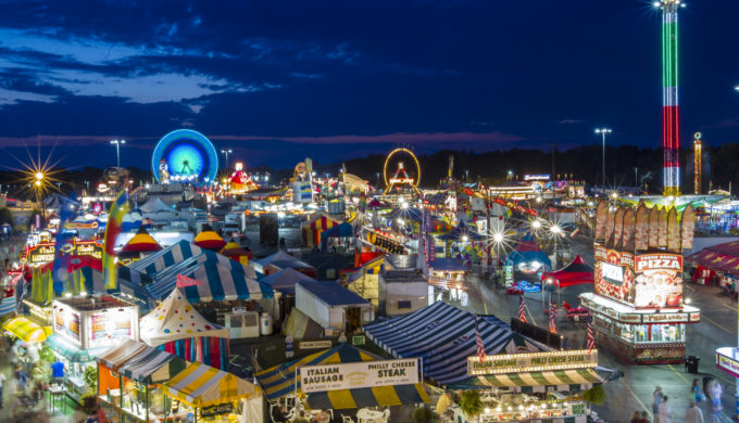 Erie_County_Fair_Midway,_2013